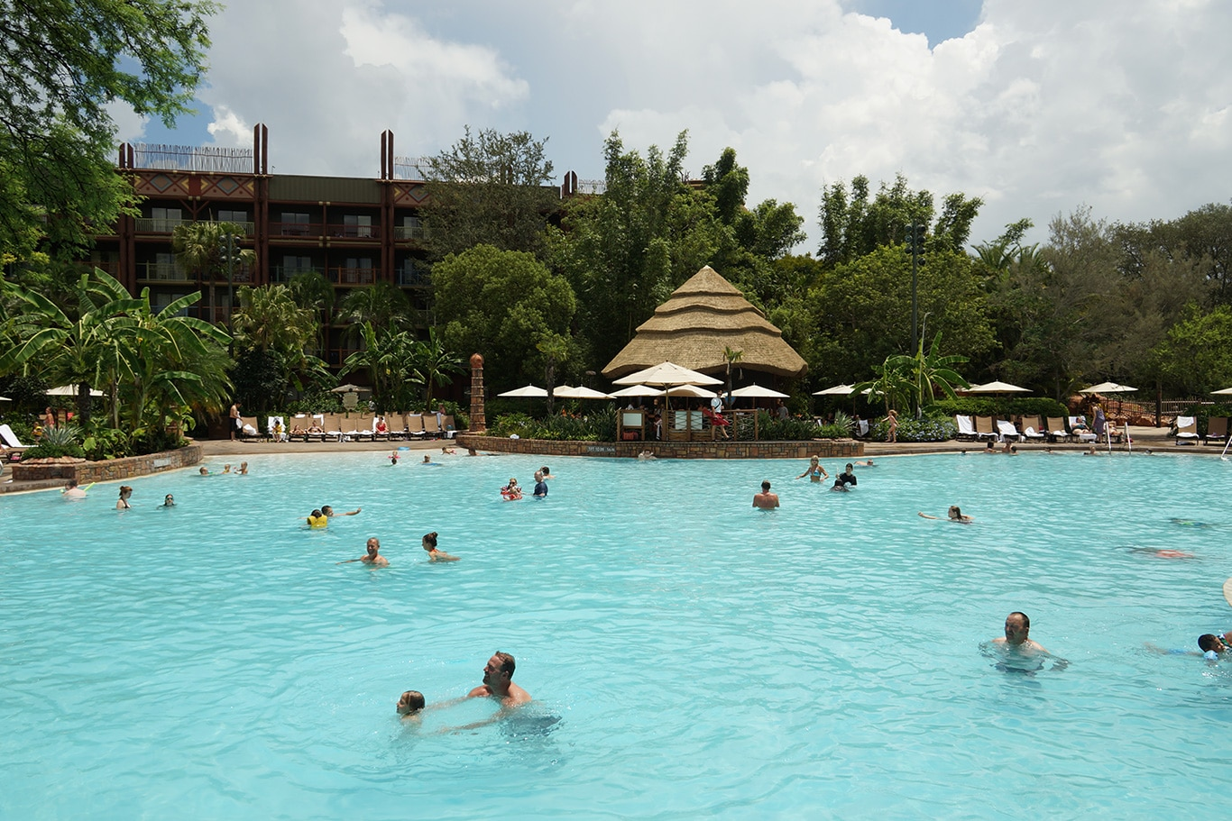 Disney's-Animal-Kingdom-Lodge-Villas-Pool