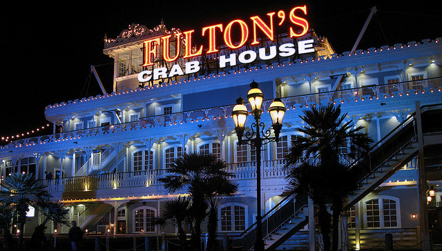 Fultons-Crab-House