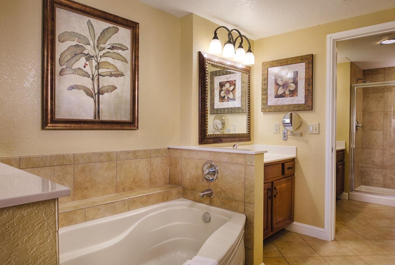 Wyndham Bonnet Creek Bathroom