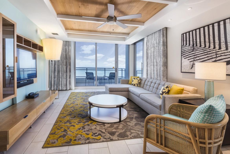 Wyndham Clearwater Beach Resort Living Area