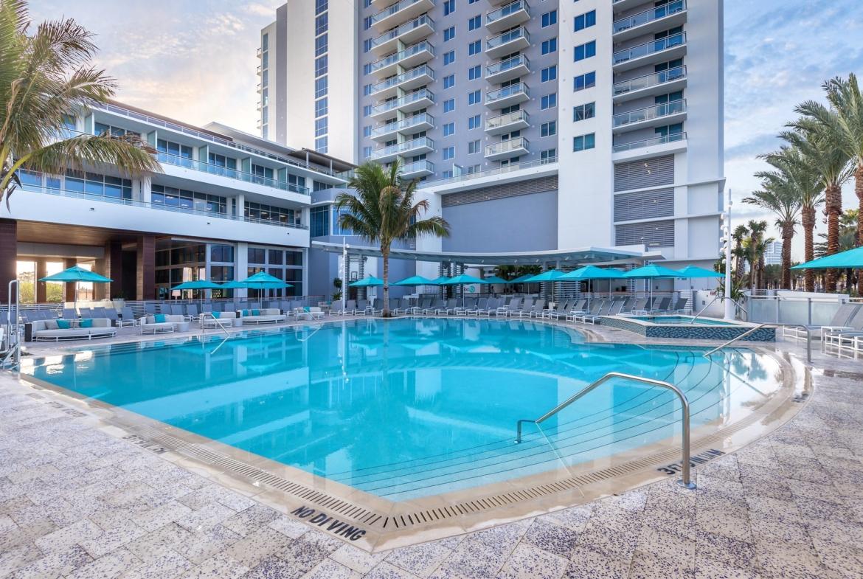 Wyndham Clearwater Beach Resort Pool