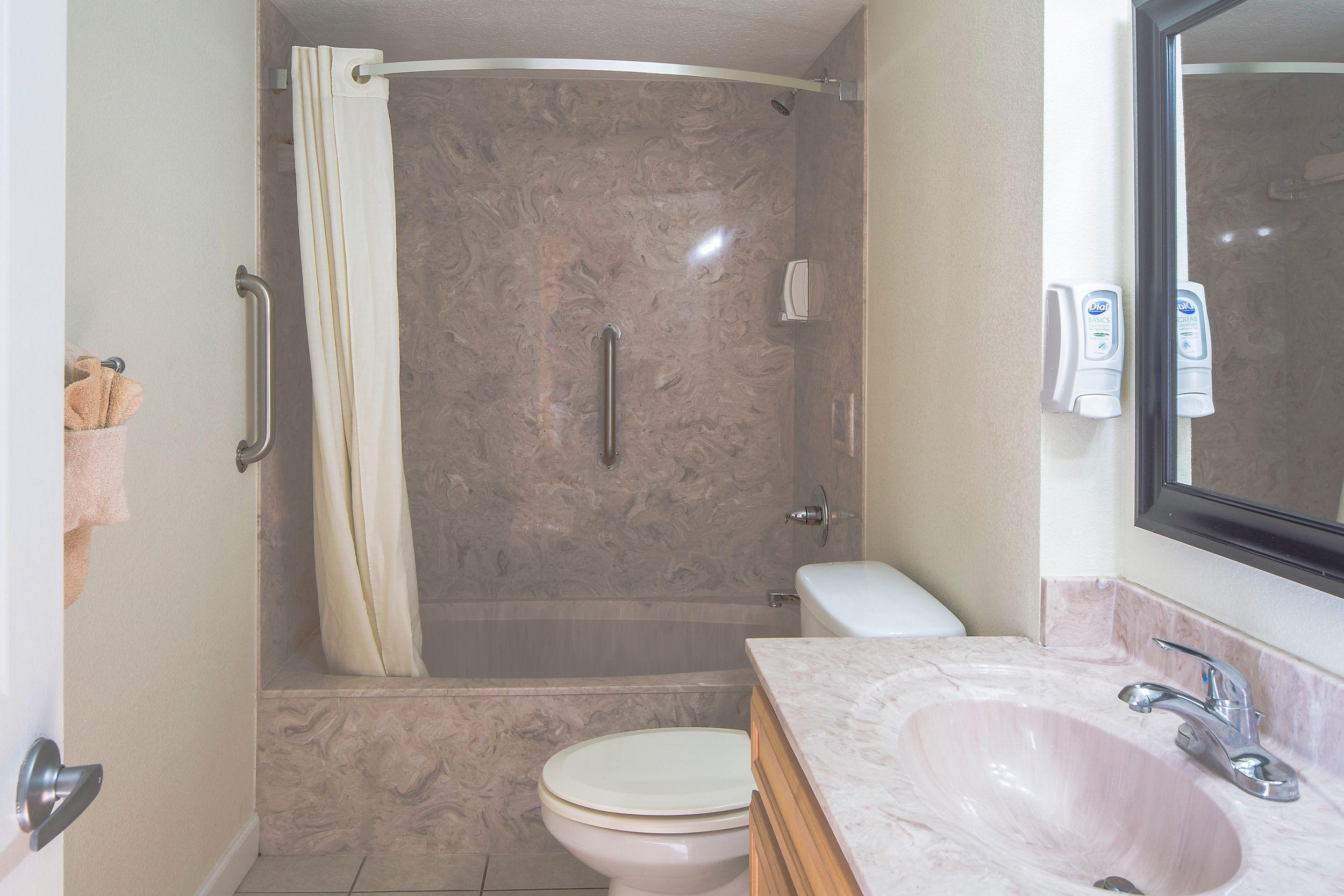 Bluegreen Vacations Panama City Resort and Club Bathroom
