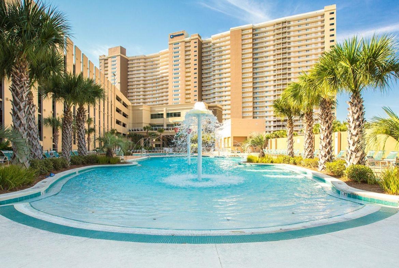 Club Wyndham Emerald Beach Resort Pool