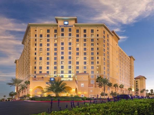 Club Wyndham Grand Desert Resort Exterior