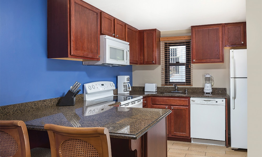 Club Wyndham Hawaii At Royal Sea Cliff 1 Bedroom Deluxe Kitchen View