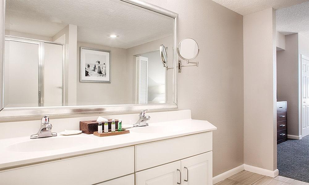 Club Wyndham Ocean Walk 1 Bedroom Suite Bathroom