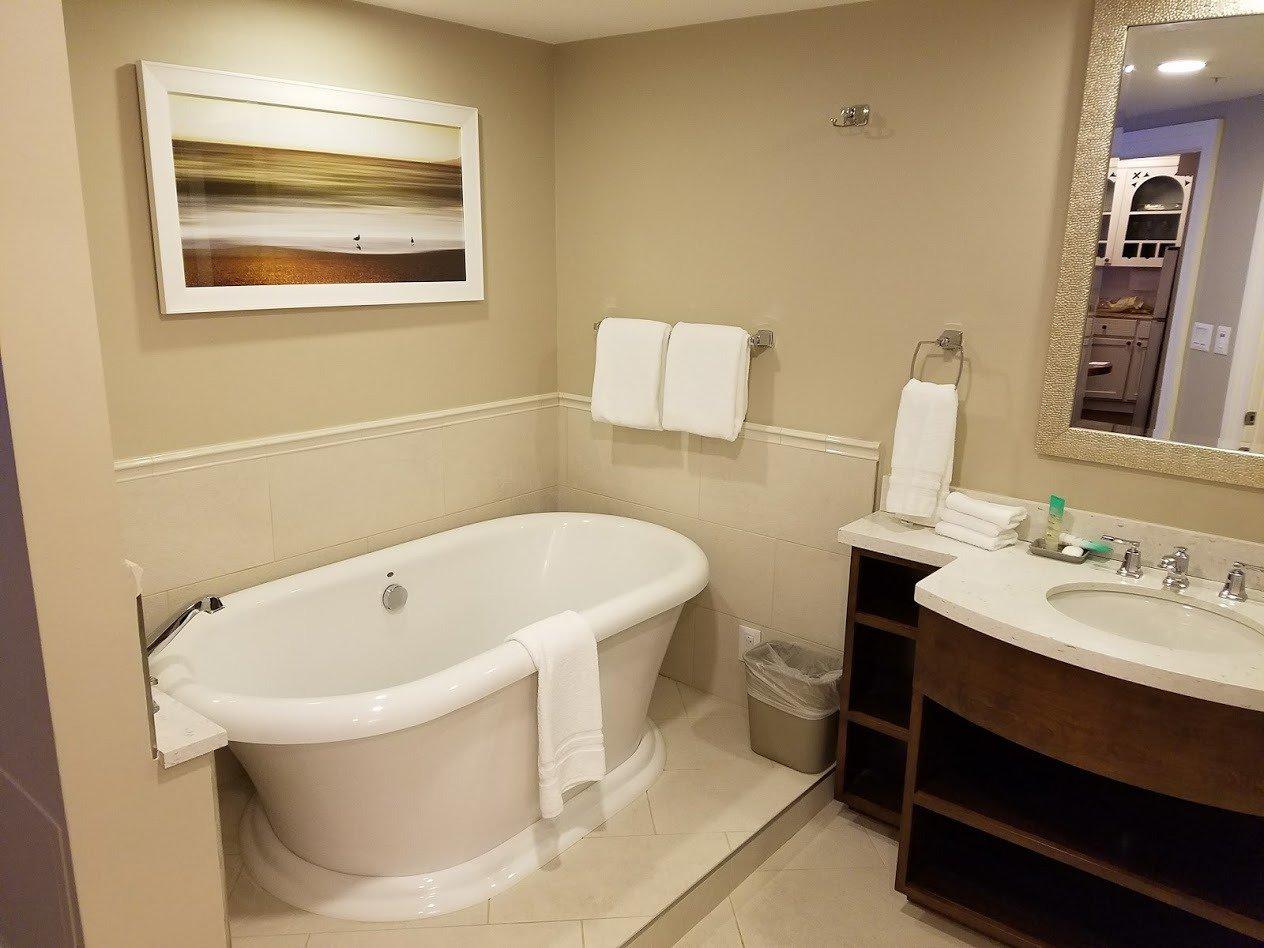 Disney's Beach Club Villas Bathroom