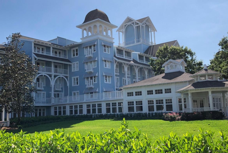 Disney's Beach Club Villas Outside Lawn