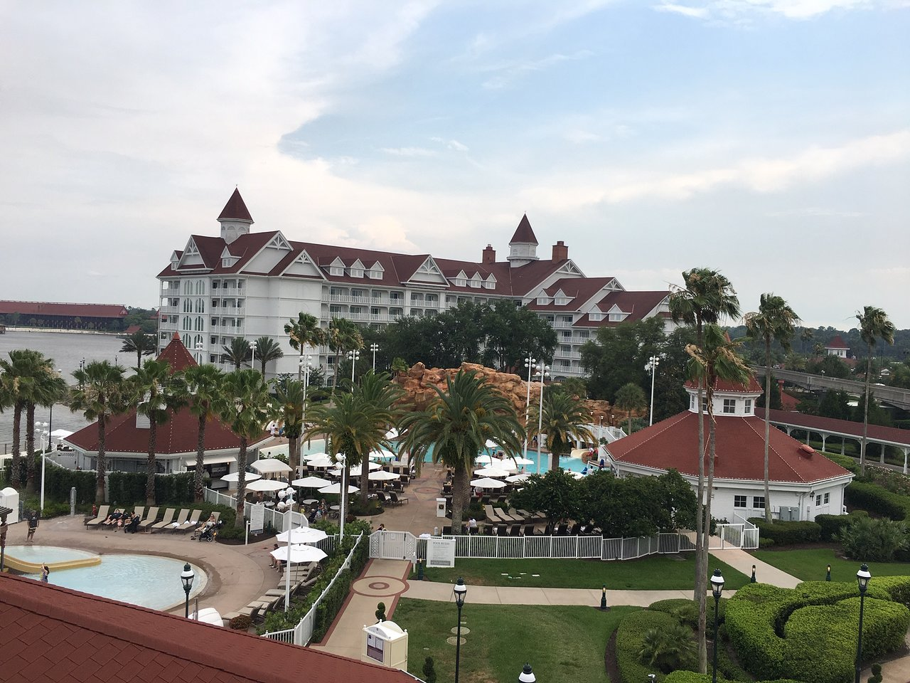 Disney's Grand Floridian Resort and Spa Exterior