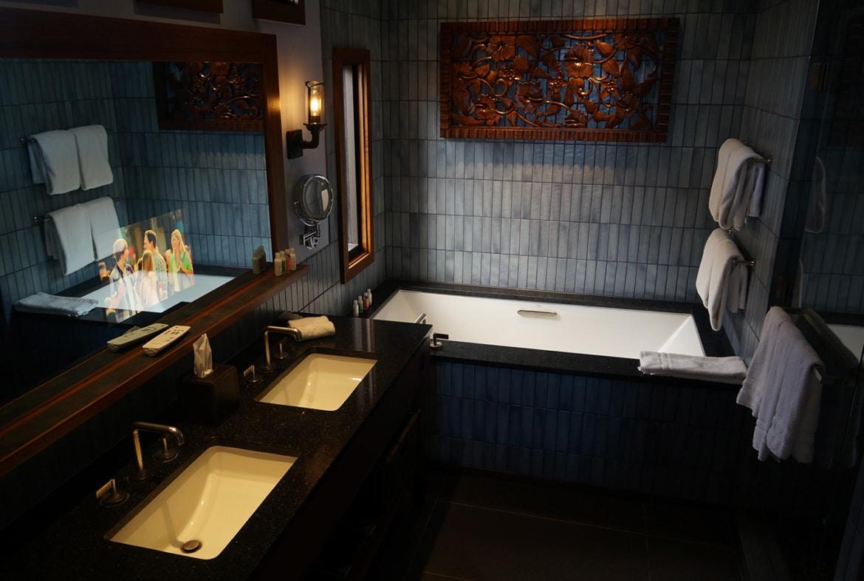Disney's Polynesian Villas and Bungalows Bath