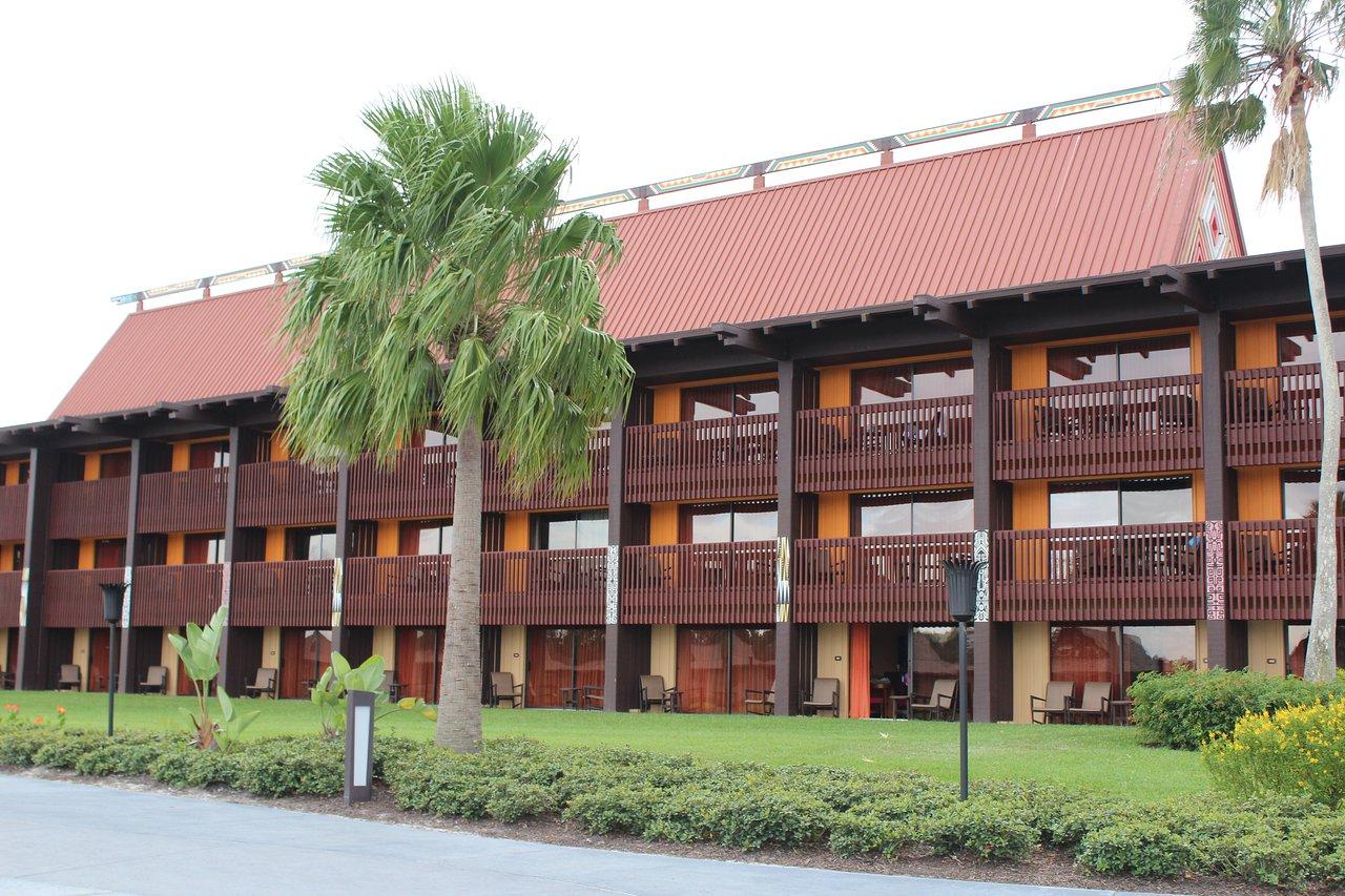 Disney's Polynesian Villas and Bungalows Buildings Exterior