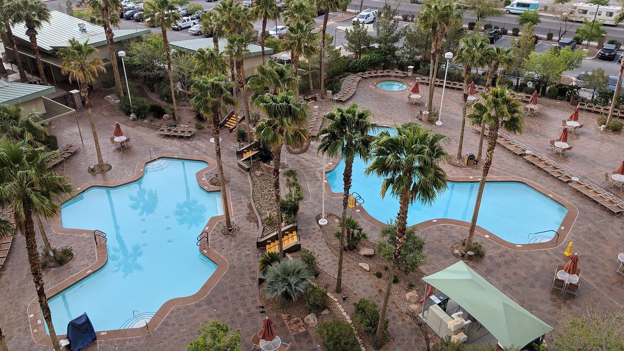 Grandview At Las Vegas Pool Area Overhead