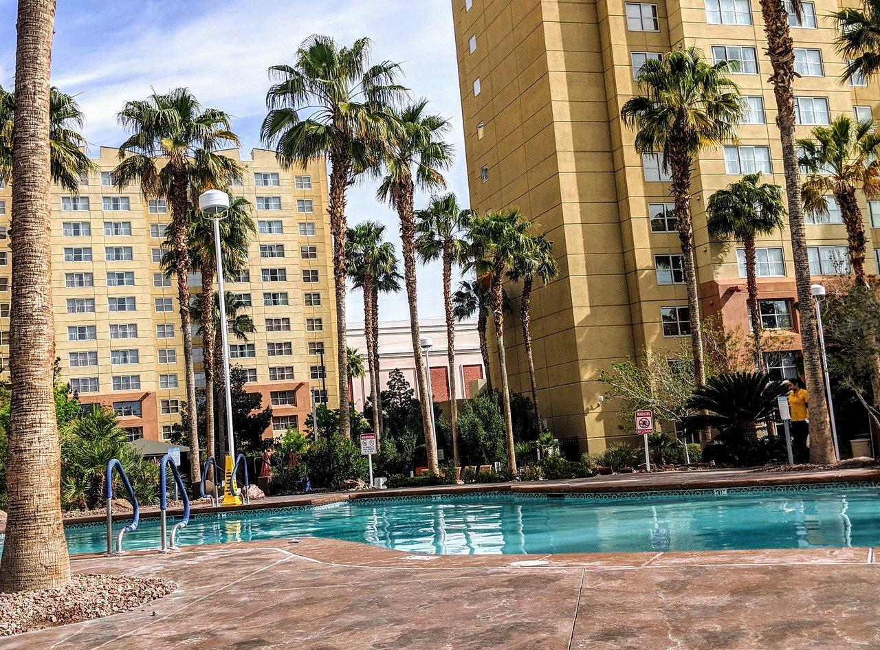Grandview At Las Vegas Pool