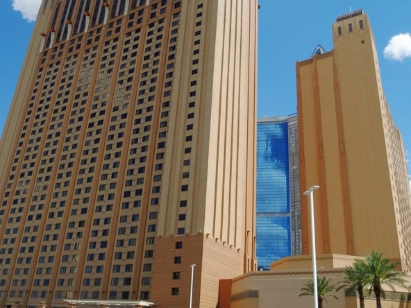 Hilton Grand Vacations on the Las Vegas Strip Building