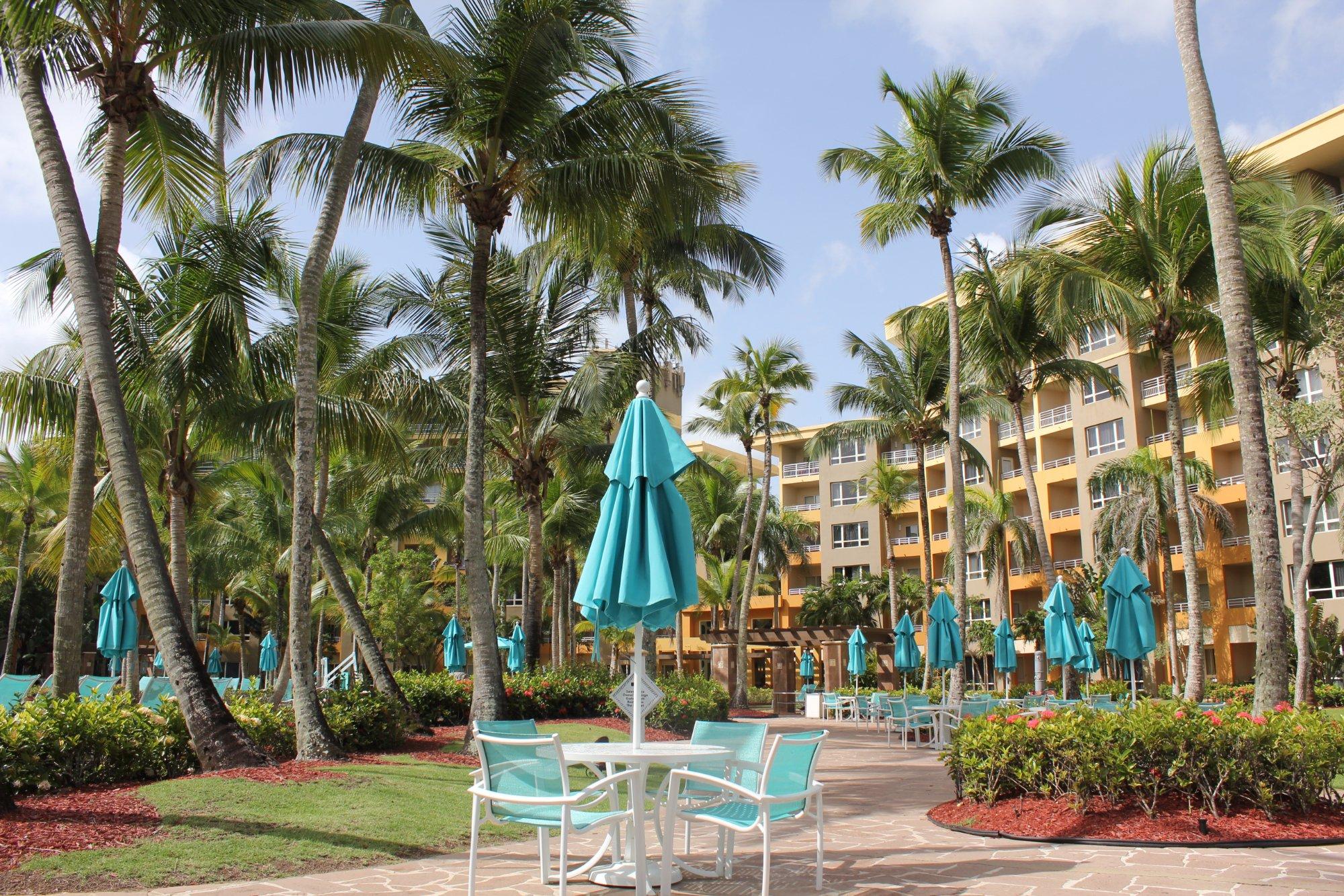 Hyatt Hacienda Del Mar Outisde Lounge