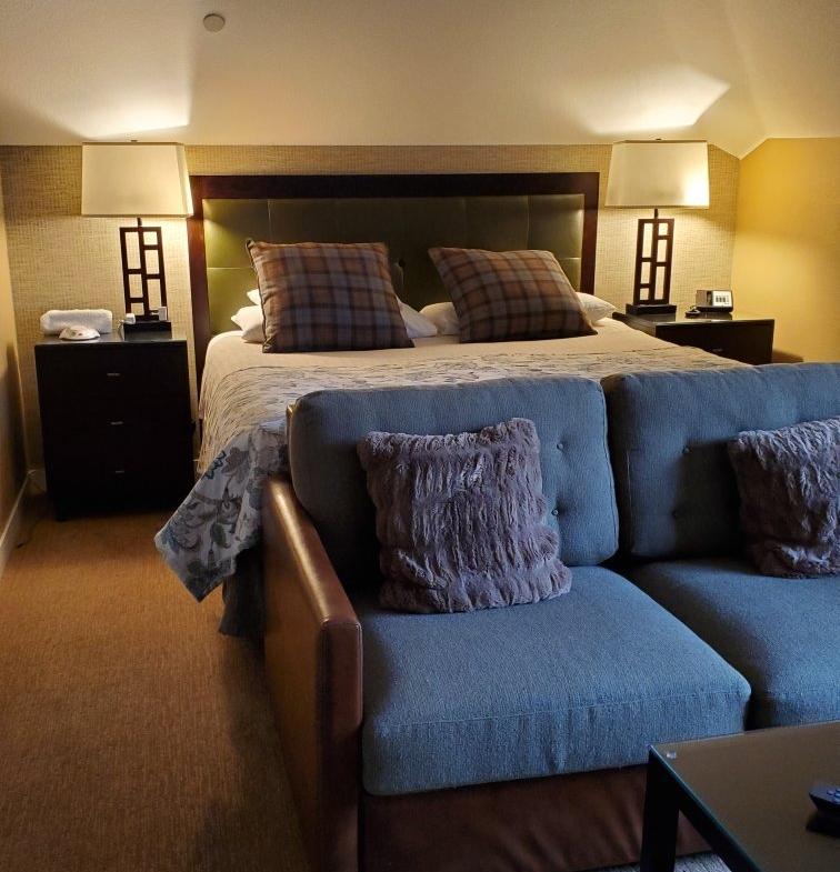 Hyatt Mountain Lodge Bedroom