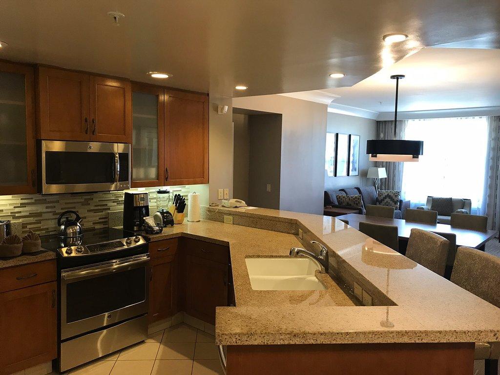 Marriott's Canyon Villas At Desert Ridge Kitchen