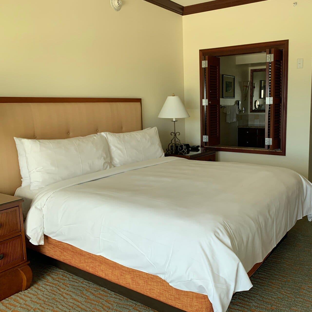 Marriott's Ko Olina Beach Club Bed