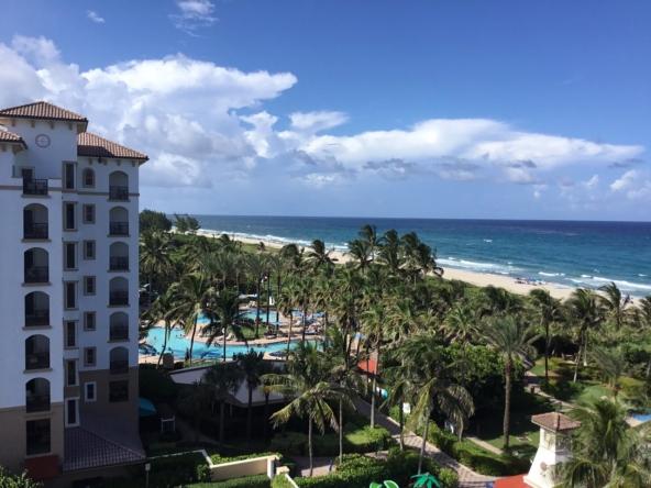 Marriott's Ocean Pointe Outside