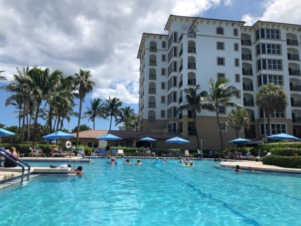 Marriott's Ocean Pointe Pool Area