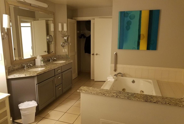 Marriott's Royal Palms Bathroom