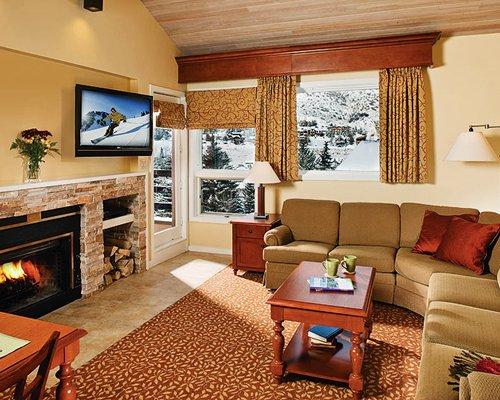 Marriott's Streamside At Vail-Douglas Living Room