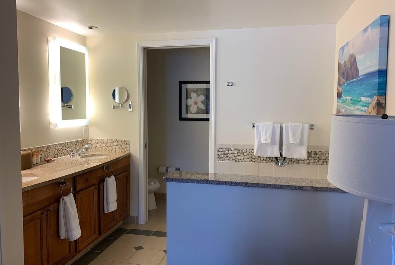 Marriott's Waiohai Beach Club Bathroom