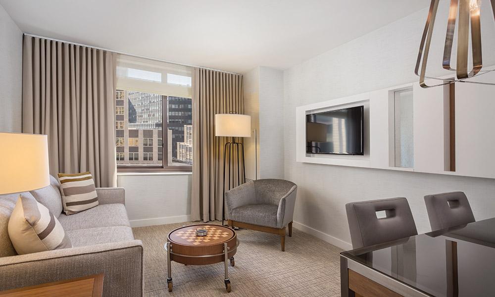 Wyndham Midtown 45 At New York City 1 Bedroom Deluxe Living