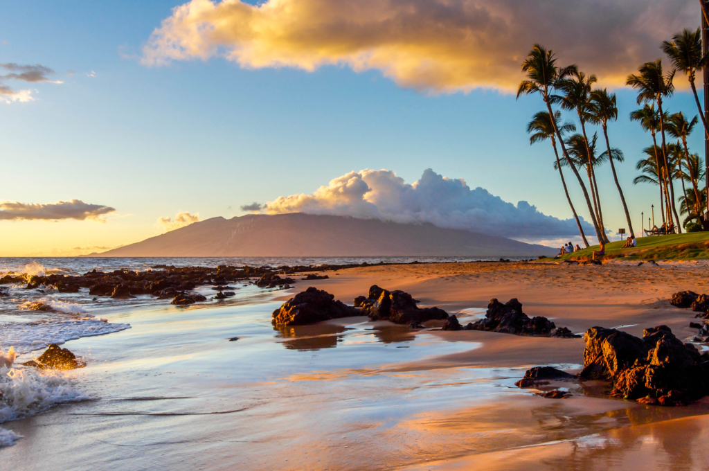 Maui Timeshare vs Hotel
