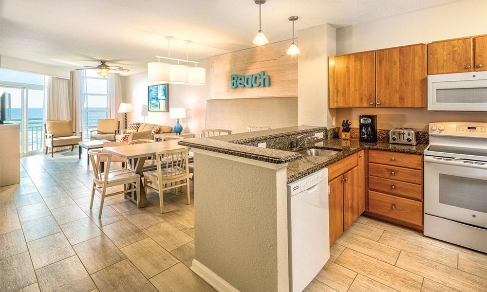 Club Wyndham Ocean Boulevard 3 Bedroom Deluxe Kitchen