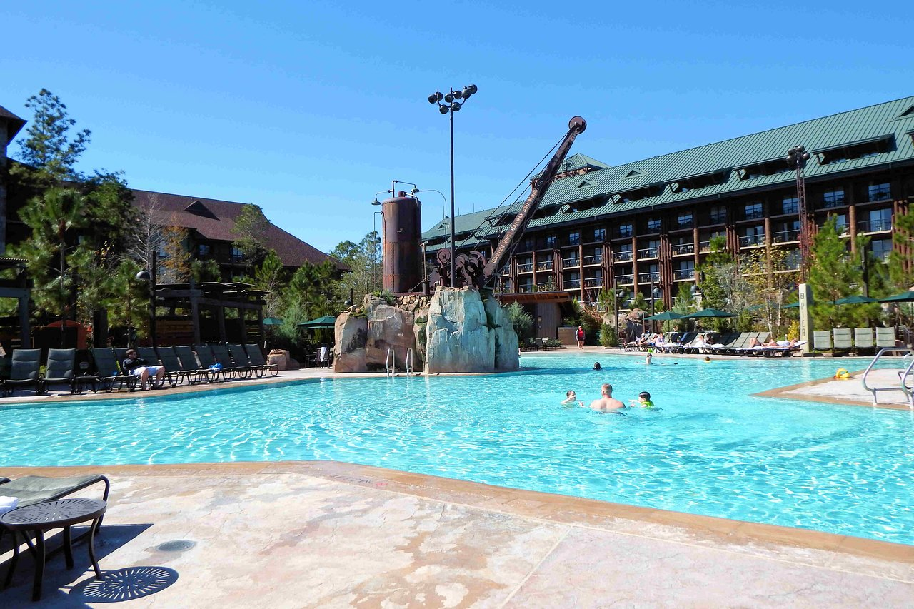 Copper Creek Villas at Wilderness Lodge Pool Area