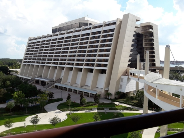 Disney's Bay Lake Tower At The Contemporary Building