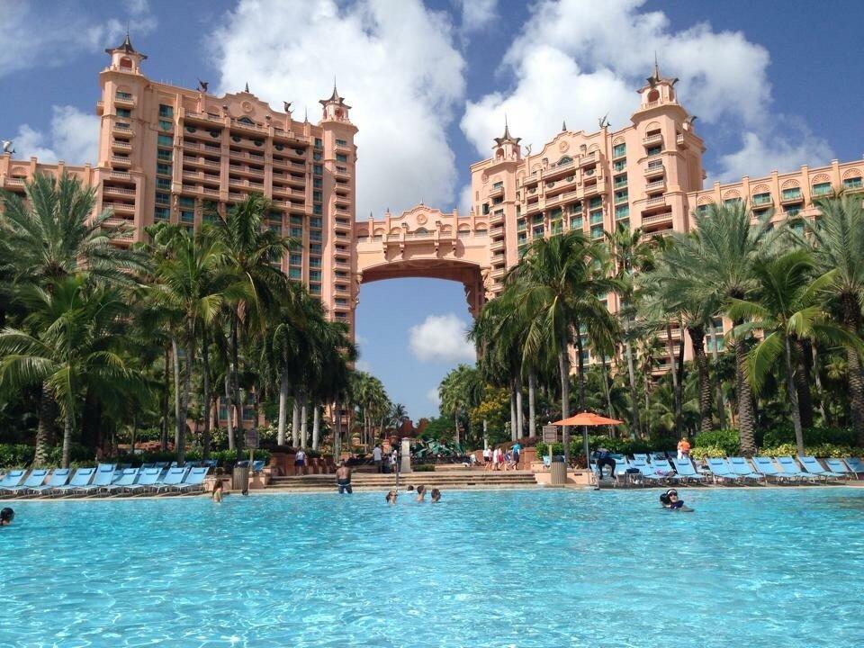 Harborside Resort At Atlantis Pool