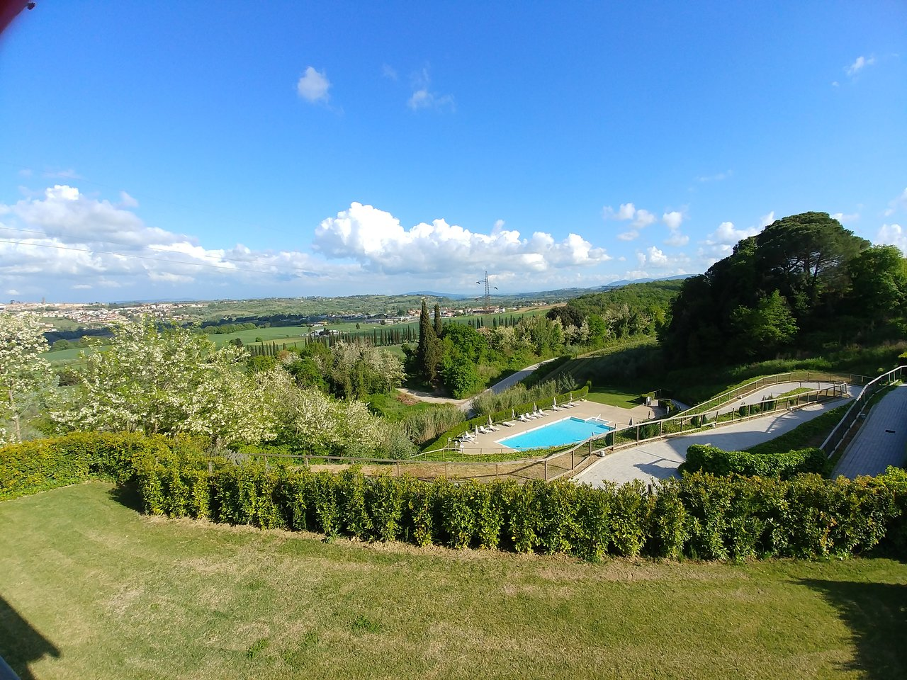 Hilton Grand Vacations Club at Borgo alle Vigne Outside View