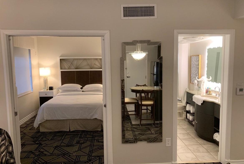 Hilton Grand Vacations at McAlpin-Ocean Plaza Bed and Bath