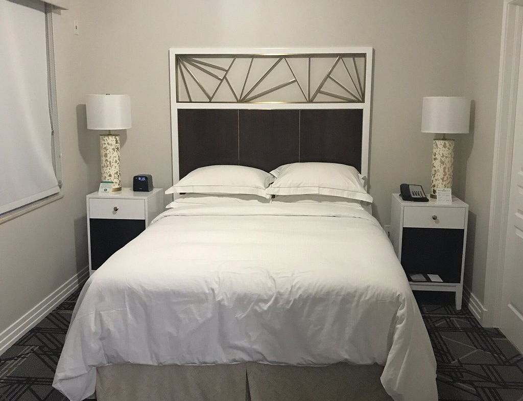 Hilton Grand Vacations at McAlpin-Ocean Plaza Bedroom