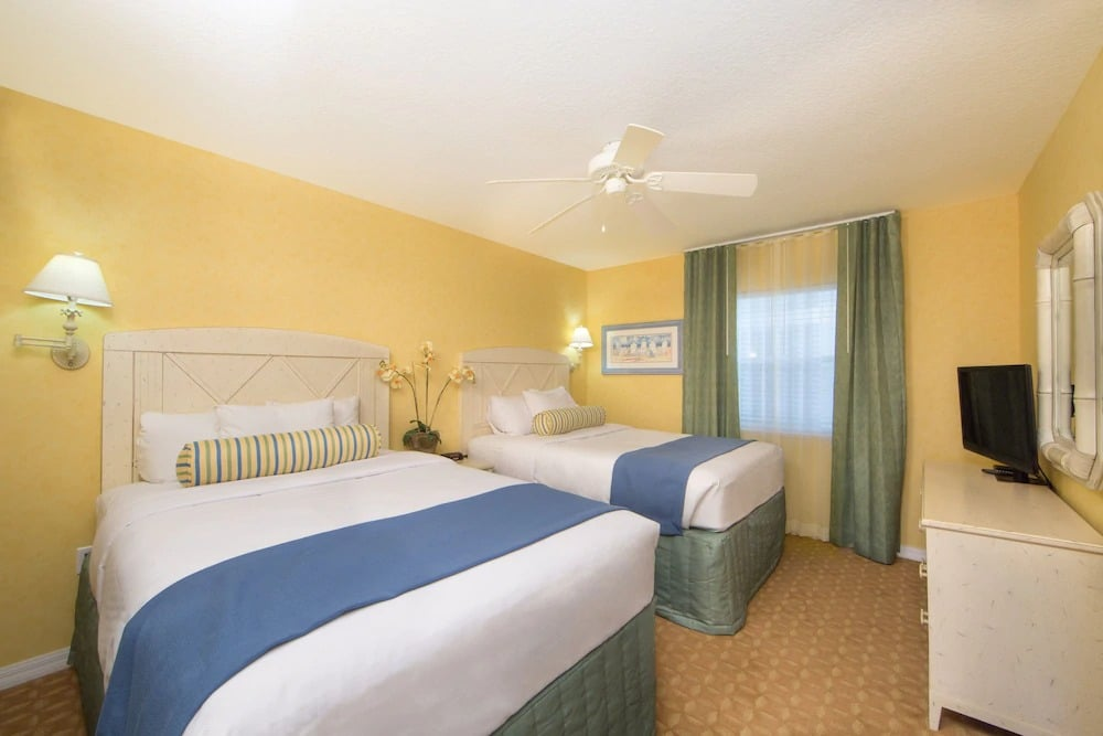 Holiday Inn Club Vacations Cape Canaveral Beach Resort Double Bed