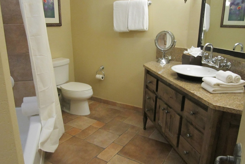 Hyatt Wild Oak Ranch Bathroom