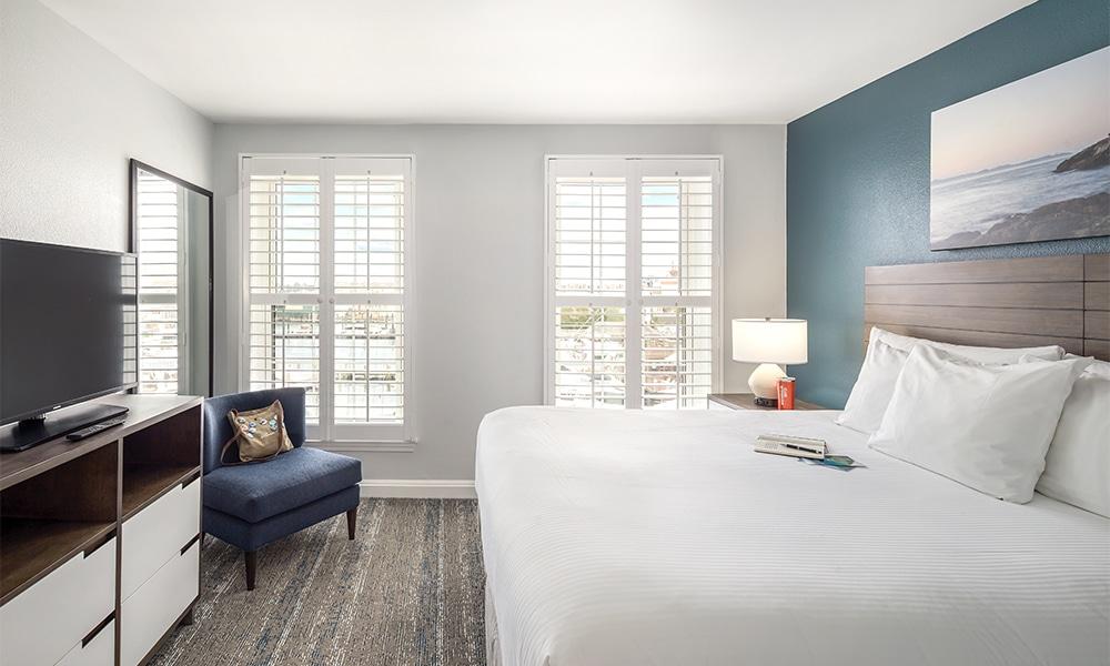 Club Wyndham Newport Onshore Bedroom