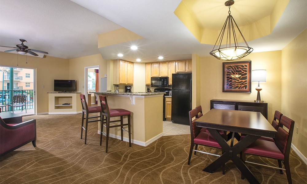 Club Wyndham Palm Aire Room Overview