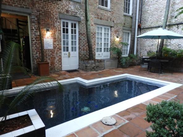 Maison Orleans Hotel de Leau Vive Pool