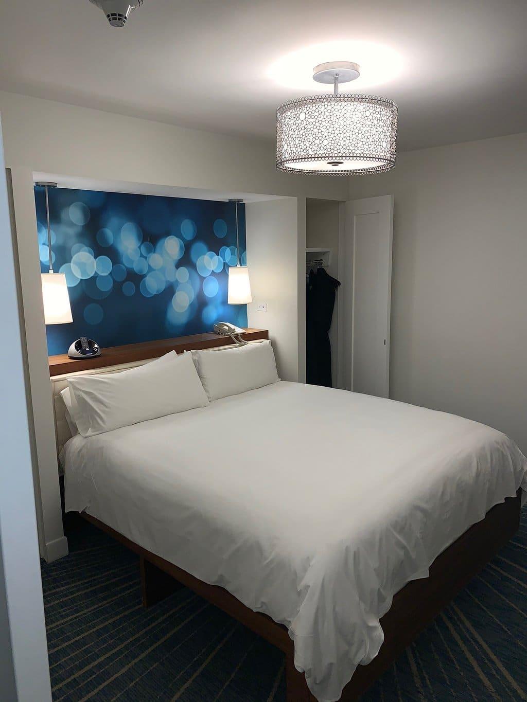 Renaissance Aruba Resort and Casino Bed