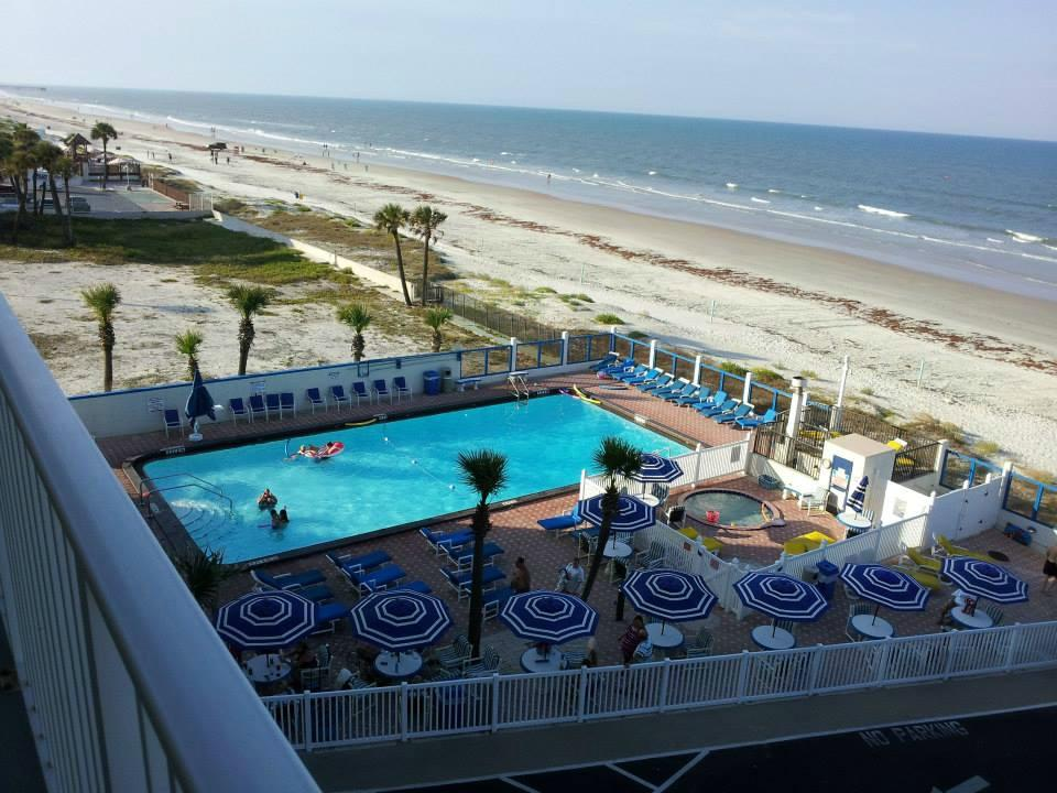 Catalina Beach Club Balcony View