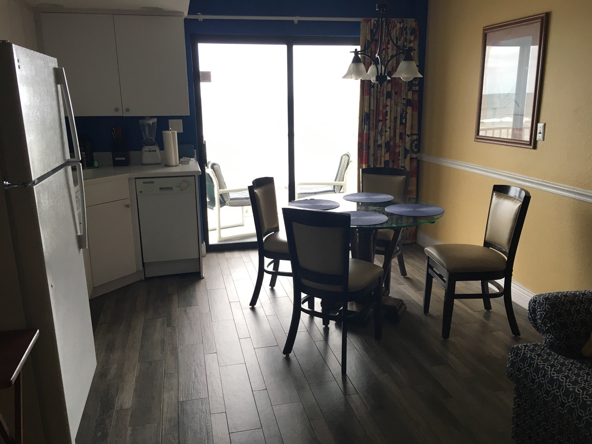 Catalina Beach Club Living Area