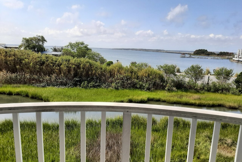 Ocean City At Coconut Malorie balcony